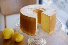 ヤルクのレモンシフォンケーキ